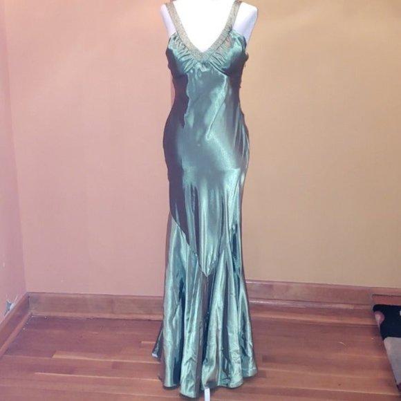 Bari Jay sequined emerald silk long dress size 4/6